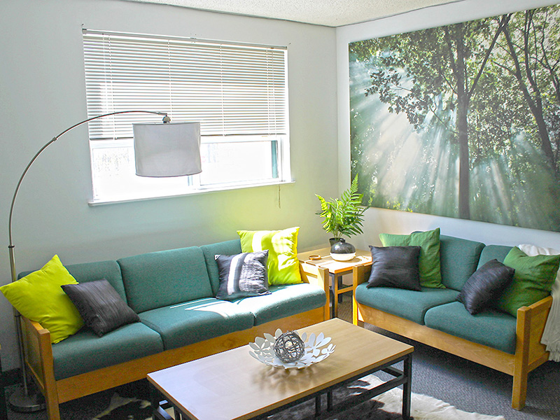 Fully-Furnished Living Room for Students